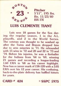 1976 SSPC #424 Luis Tiant back