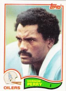 1982 Topps Football Vernon Perry