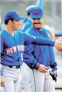 1998 Pinnacle Mets Snapshots Carlos Baerga