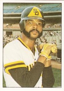 1976 SSPC #132 Bobby Tolan